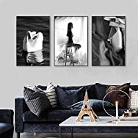 ウォールアートキャンバス北欧ヴィンテージ壁画ブラックホワイトファッションポスターエレガントなダンスガールスワンリビングルームの装飾(50x70cm)x3フレームなし