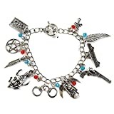 Bracciale con ciondoli ispirato ai personaggi di Sam e Dean Winchester della serie televisiva Supernatural; colore argento, in confezione regalo