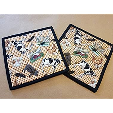 Set of 2 Country Farm Animal Potholders, Gingham Potholders, Quilted Hot Pads, Trivets, Country Home, Cow, Tractor, Egg Basket, Pig, Feather, Buy Local, Farm House Potholders, Country Kitchen Linens