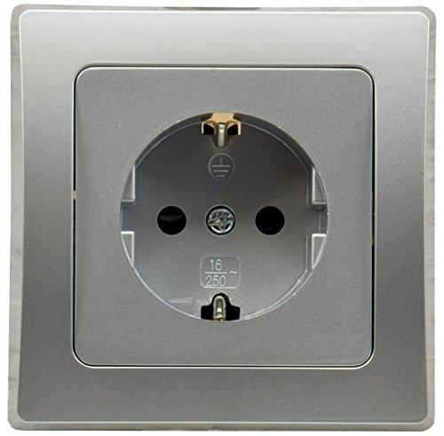 DELPHI UP Schutzkontakt-Steckdose 250V 16A Rahmen Klemmanschluss Silber