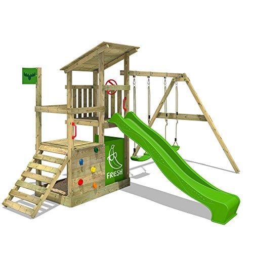 FATMOOSE Spielturm FruityForest Fun XXL Klettergerüst Kletterturm auf 3 Ebenen im Hochsitz-Style mit schrägem Holzdach, Schaukel mit 2 Sitzen, apfelgrüner Rutsche und viel Zubehör