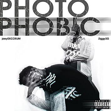 Photophobic (feat. Ziggy2g)