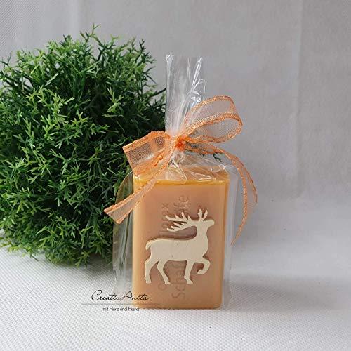 Weihnachtsgeschenk - 1 Stück Schafmilchseife weihnachtlich dekoriert mit Hirsch