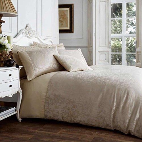 Gaveno Cavailia Jacqaurd VINCENZA Bed Set with Duvet Cover and Pillow Case, Polyester-Cotton, Mink, Double