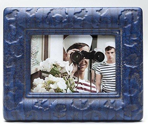 Kare Bilderrahmen Snake Blue für Fotos im Format 13 x 18 cm, blau, Schlangenhaut-Design, Maße: 26,7 x 21,7 x 2,6 cm, Material: Kunststoff, Glas, Fotorahmen zum Aufstellen oder Aufhängen