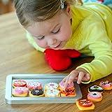 bee SMART Hölzerne Keks / Plätzchen Backset für Kinder, 25 Stücke, Rot Ofenhandschuh und Backblech, magnetische, austauschbare Teile