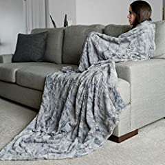"""OVERSIZED THROW BLANKET: 60""""x 80"""", perfect as a couch throw, sofa throw and bed decorative throw - Large enough for adults to snuggle in. DOUBLE SIDED FAUX FUR THROW BLANKET: Luxuriously high grade faux fur with a high-end design and look and feel on..."""