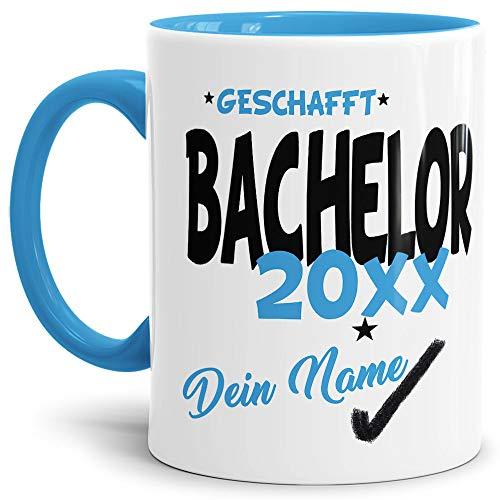 Tassendruck Bachelor-Tasse Geschafft Bachelor 20XX - Selbst gestalten mit Jahr und Name zum bestandenen Bachelor/Abschluss/Lernen/Prüfung/personalisierte Geschenk-Idee/Innen & Henkel Hellblau