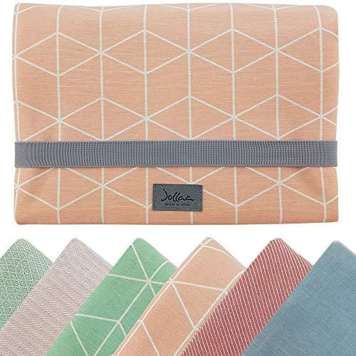 Windeltasche für unterwegs, kleine Wickeltasche für Windeln & Feuchttücher, Windeletui, Wickelmäppchen SmukkeDesign (Cubes Pastel Pink)