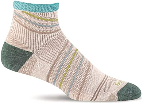 SOCKWELL Women/'s Summit Firm compression Blend Crew Socks