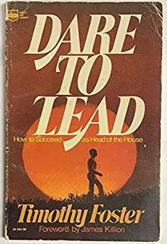 Paperback Dare to lead Book