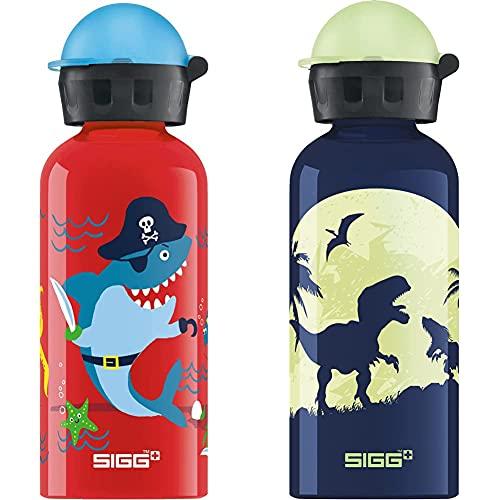SIGG Underwater Pirates Cantimplora Infantil (0.4 L), Cantimplora Ligera De Aluminio + Glow Moon Dinos Cantimplora Infantil (0.4 L), Cantimplora Ligera De Aluminio