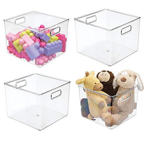 mDesign 4er-Set Aufbewahrungsbox mit Griffen – Spielzeugbox aus Kunststoff für Actionfiguren, Puzzles und mehr – auch als Kiste für DVDs, Kabel und Büroutensilien geeignet – durchsichtig