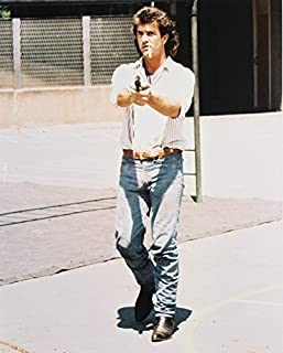 Mel Gibson Full Length With Gun As Martin Riggs In Lethal Weapon 16x20 Canvas Giclee