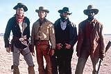 Kevin Kline, Scott Glenn, Kevin Costner und Danny Glover in