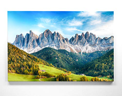 Atemberaubende Leinwand Bergbilder - Santa Maddalena - als 120x80cm großes XXL Leinwandbild. Wandbild als Hintergrund und Deko für Wohnzimmer & Schlafzimmer. Aufgespannt auf Holzrahmen