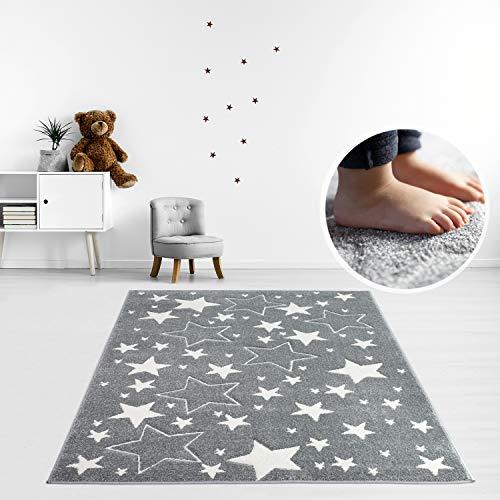 MyShop24h Teppich Kinderzimmer Stern Grau 140x200cm Kurzflor Kuschelig Deko Kinderteppich für Jungen und Mädchen Oeko Tex 100 Standard