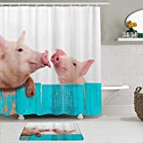 OPQRSTQ-O Stoff Duschvorhang & Matten Set,Lustiges Schwein, das am niedlichen Zaun hängt,Wasserabweisende Badvorhänge mit 12 Haken,rutschfeste Teppiche