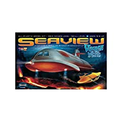 FROM THE FANTASY WORLDS OF IRWIN ALLEN WITH INCREDIBLE ATTENTION TO DETAIL INCLUDES FLYING SUB WITH STAND, MINI SUB, DIVING BELL AND CREW MEMBERS EXTRA WINDOW SECTIONS AND MISSILE DOORS TO MAKE ALTERNATE VERSIONS; FULLY DETAILED BRIDGE INTERIOR 39 IN...