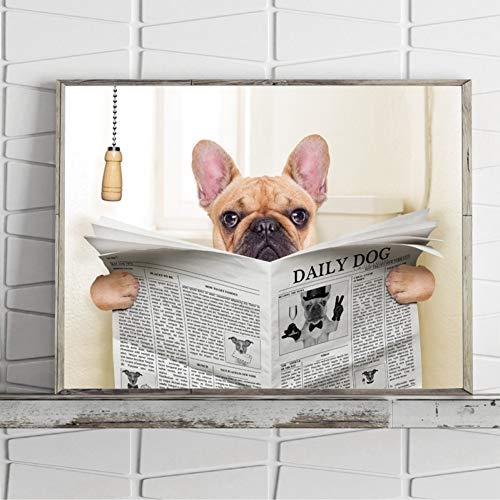 GUDOJK Wandmalereien Bulldogge Hund sitzt auf Toilette und liest Magazin Leinwand Kunst Poster drucken lustige Kunst Malerei Bild Badezimmer Wand Dekor-60x80cm