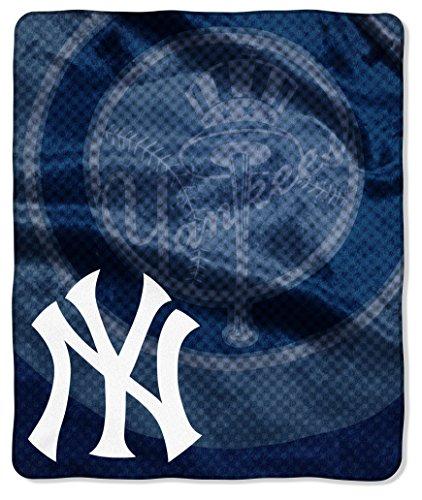 "MLB New York Yankees ""Retro"" Raschel Throw Blanket, 50"" x 60"""