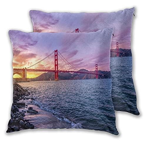 VINISATH Set de 2 Funda de Cojín 50x50cm Puente Golden Gate en San Francisco, EE.UU.Hermosa Puesta de Sol Vasto océano Famosos Edificios del Mundo Fundas de Almohada para Sofá Cama Coche Hogar