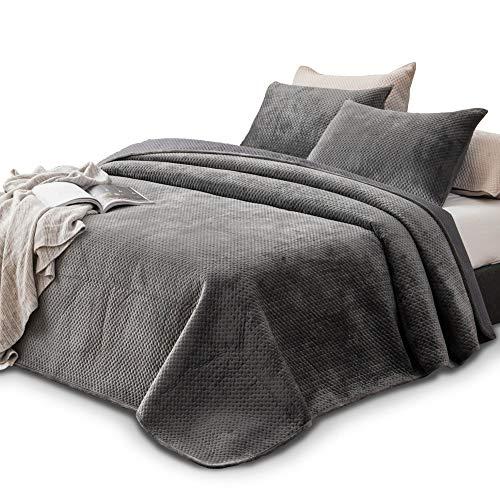 Kasentex Plush Poly-Velvet Lavish Design Quilt Set with Brushed Microfiber - Luxurious Bedding Soft  Maine