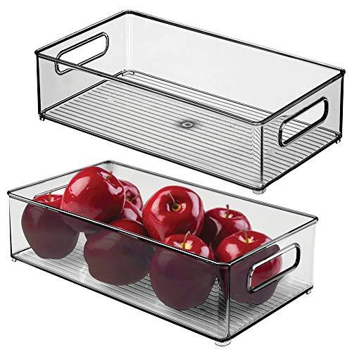 mDesign Juego de 2 cajas organizadoras con asas – Práctico organizador de frigorífico para almacenar alimentos – Contenedor de plástico sin BPA para los armarios de la cocina o la nevera – gris humo
