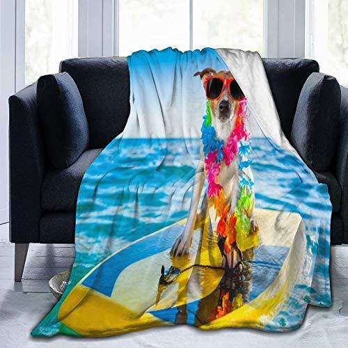 PATINISA Manta,Perro surfeando en una Tabla de Surf con una Cadena de Flores y Gafas de Sol, en la Orilla del mar,Súper Suave y Cálida Mantas de Microfibra para Cama,sofá,Dormitorio 150x200 cm