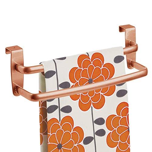 mDesign Handtuchhalter aus Metall, modern, für die Küche, zum Aufhängen an der Innen- oder Außenseite von Türen, Aufbewahrung und Organisation für Hände, Geschirrtücher, 24,8 cm breit, Kupfer