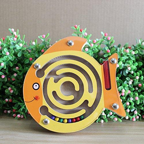 HappyToy Tier Mini Wooden Runde Magnetische Wand Nummer Maze Interaktive Labyrinth Magnet Perlen Labyrinth auf Brettspiel Stadt Verkehr Eduactional Handcraft Toys (Fisch)