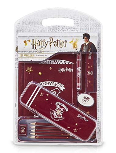 Harry Potter Stationary Supplies for Kids, Notebooks A5 and Pencil Case Kit, Colouring Pencils Included, Boxed Bundle Stationary Set, School Supplies, Harry Potter Gifts for Boys Girls Teenagers