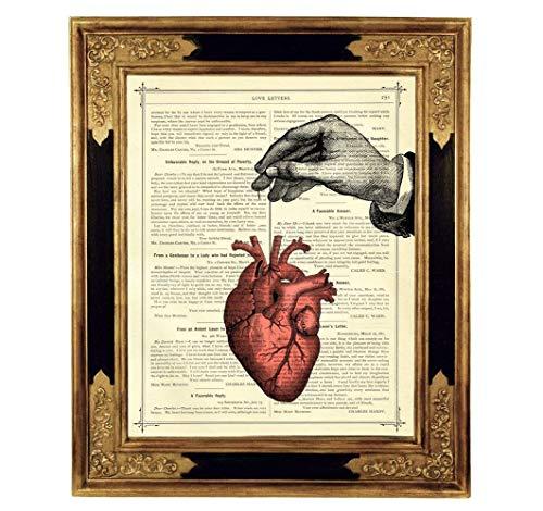 Anatomisches Herz Hand Steampunk Kunstdruck auf antiker Buchseite Gothic Geschenk Hochzeit Valentinstag Bild Poster ungerahmt