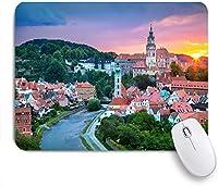 ECOMAOMI 可愛いマウスパッド 夏の日没時のチェコ共和国チェスキークルムロフの空中街並み画像 滑り止めゴムバッキングマウスパッドノートブックコンピュータマウスマット