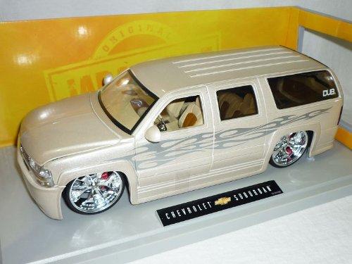 Chevrolet Chevy Suburban Weiss Tuning 1/18 Jada Modellauto Modell Auto