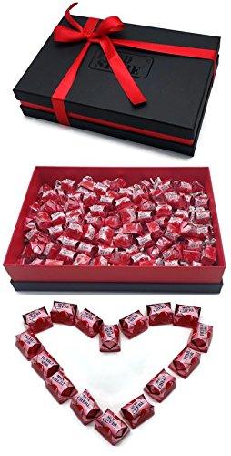 Ferrero Mon Cherie Geschenkset mit 120 Pralinen - die kleine Kostbarkeit für Ihre Liebsten - perfekt zum verschenken, Lieferung mit hochwertigem Geschenkkarton