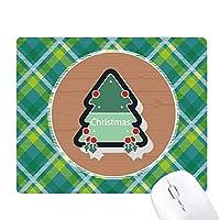 漫画のクリスマスツリーのクリスマスアイコン 緑の格子のピクセルゴムのマウスパッド