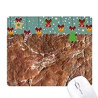 茶色の岩粗面パターン ゲーム用スライドゴムのマウスパッドクリスマス