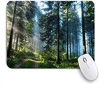 KAPANOUマウスパッド 木森日光まっすぐ背の高い木日差し魅力的な自然の風景 ゲーミング オフィス おしゃれ 防水 耐久性が良い 滑り止めゴム底 ゲーミングなど適用 マウス 用ノートブックコンピュータマウスマット