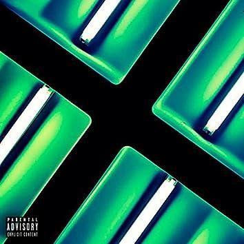 Green Light (feat. YOUNGFACE & NliteN)