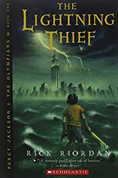 Paperback Percy Jackson and the Lightning Thief Book