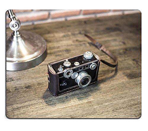 liili Mouse Pad alfombrillas de goma natural cámara antigua en estilo vintage en mesa de madera 29233021