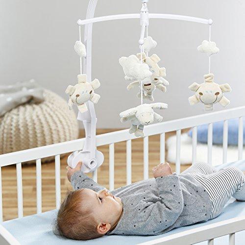 Fehn 154610 Musik-Mobile Schaf – Spieluhr-Mobile mit niedlichen Schafen, Sonnen & Wolken zum Lauschen & Staunen – Zum Befestigen am Bett für Babys von 0-5 Monaten – Höhe: 65 cm, ø 40 cm - 2