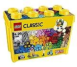 33色の基本的なレゴ(R) ブロックで想像の世界を組み立てよう! 8種類の窓とドア、2つのグリーンベースプレート、6本のタイヤとホイールリムが含まれています。 グリーンベースプレートは、長さ6インチ、幅6インチ、長さ4インチ、長さ2インチです。 レゴクラシックのセットは他のレゴの全ての組み立てセットと互換性があります。 790ピース(4歳〜99歳の男の子女の子用) 収納ボックスがついています。