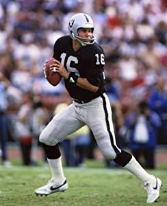Jim Plunkett Oakland Raiders 8x10 Sports Action Photo (a)