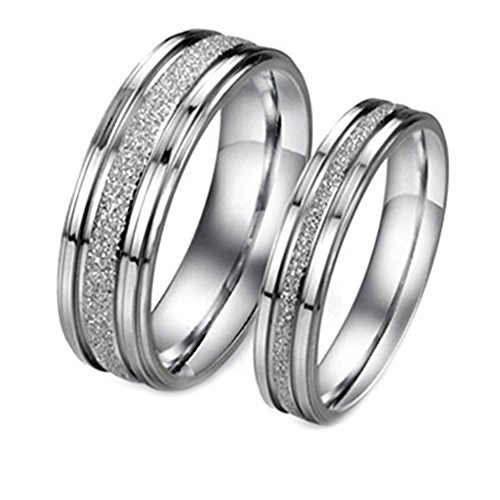 Bystar Fashion Jewelry Silver Frosted Surface Central and Grooves Stainless Steel Promise Couple Ring-Men