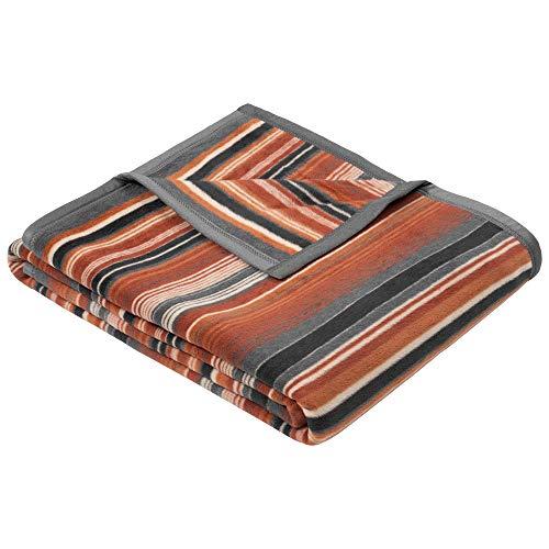Ibena Tijuana Kuscheldecke 150x200 cm - Decke mit Streifen braun grau, Pflegeleichte und kuschelweiche Baumwollmischung