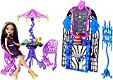 Monster High Scream & Sugar Cafe Playset and Cleo de Nile Doll
