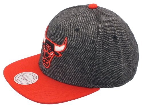 Mitchell And Ness - Casquette Snapback Homme Chicago Bulls Reverse Wool - Black/Red