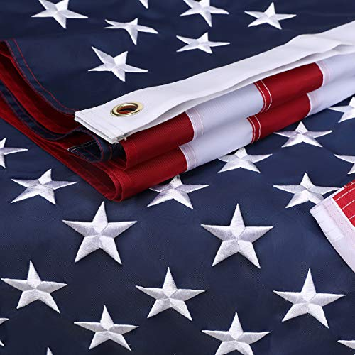 American Flag 4x6 FTUS Flag 210D Oxford NylonEmbroidered Star Sewn StripesBrass Grommets4 Rows of Lock Stitching HeavyDuty USA Flag
